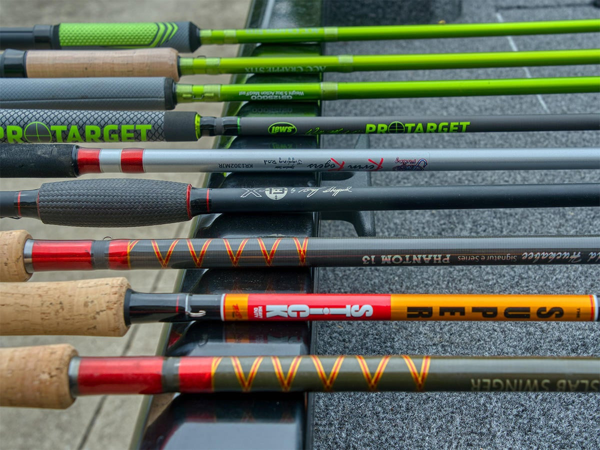 9 Crappie Fishing Jigging Rods for 2021