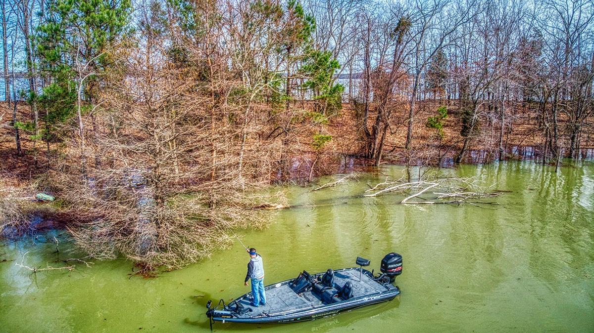 How to Target Warming Pockets for the Best Spring Bass Fishing