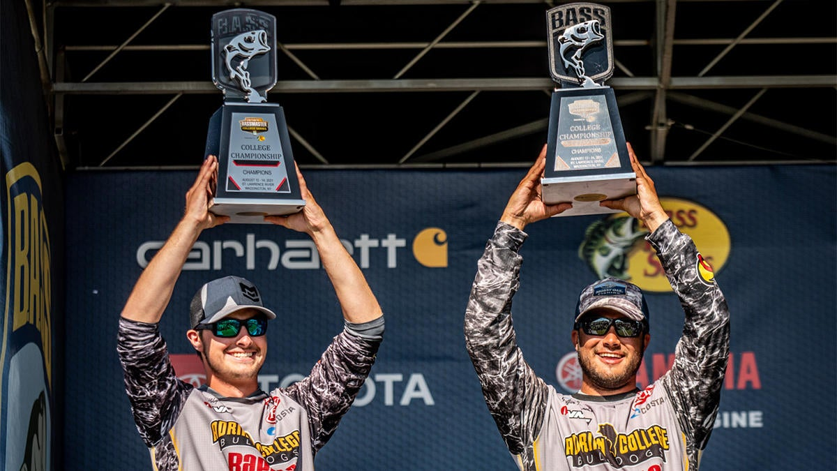 Adrian Wins Bassmaster College Series National Championship on St. Lawrence River