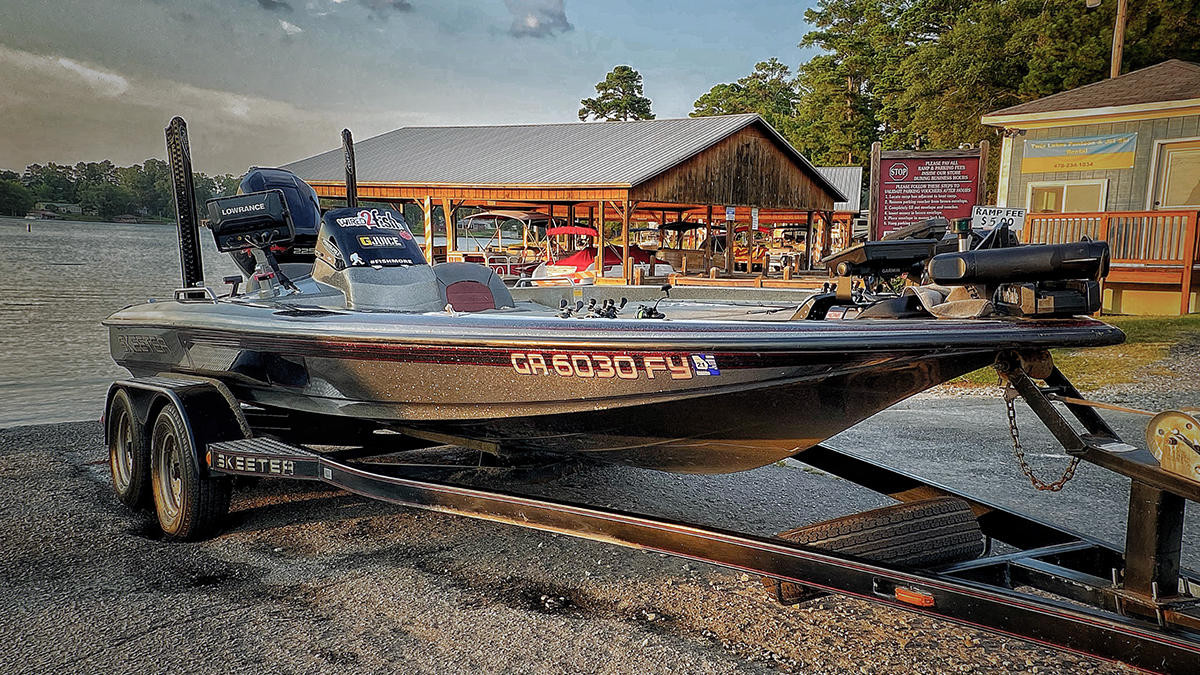 4 Easy Ways to Keep Your Old Boat Looking Good