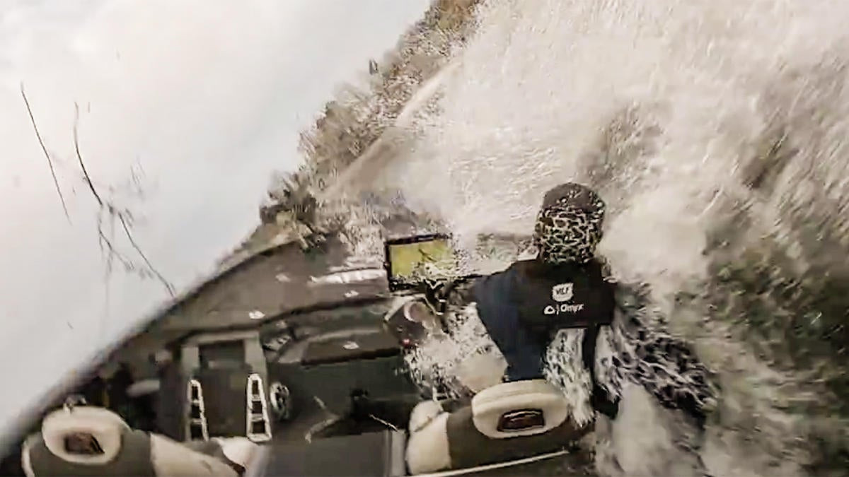 Bass Boat Crashes in Tackle Warehouse Pro Circuit Tour