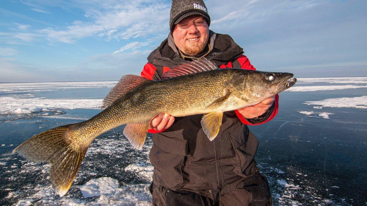 4 Reasons to Switch Ice Fishing Rods to Fluorocarbon Fishing Line