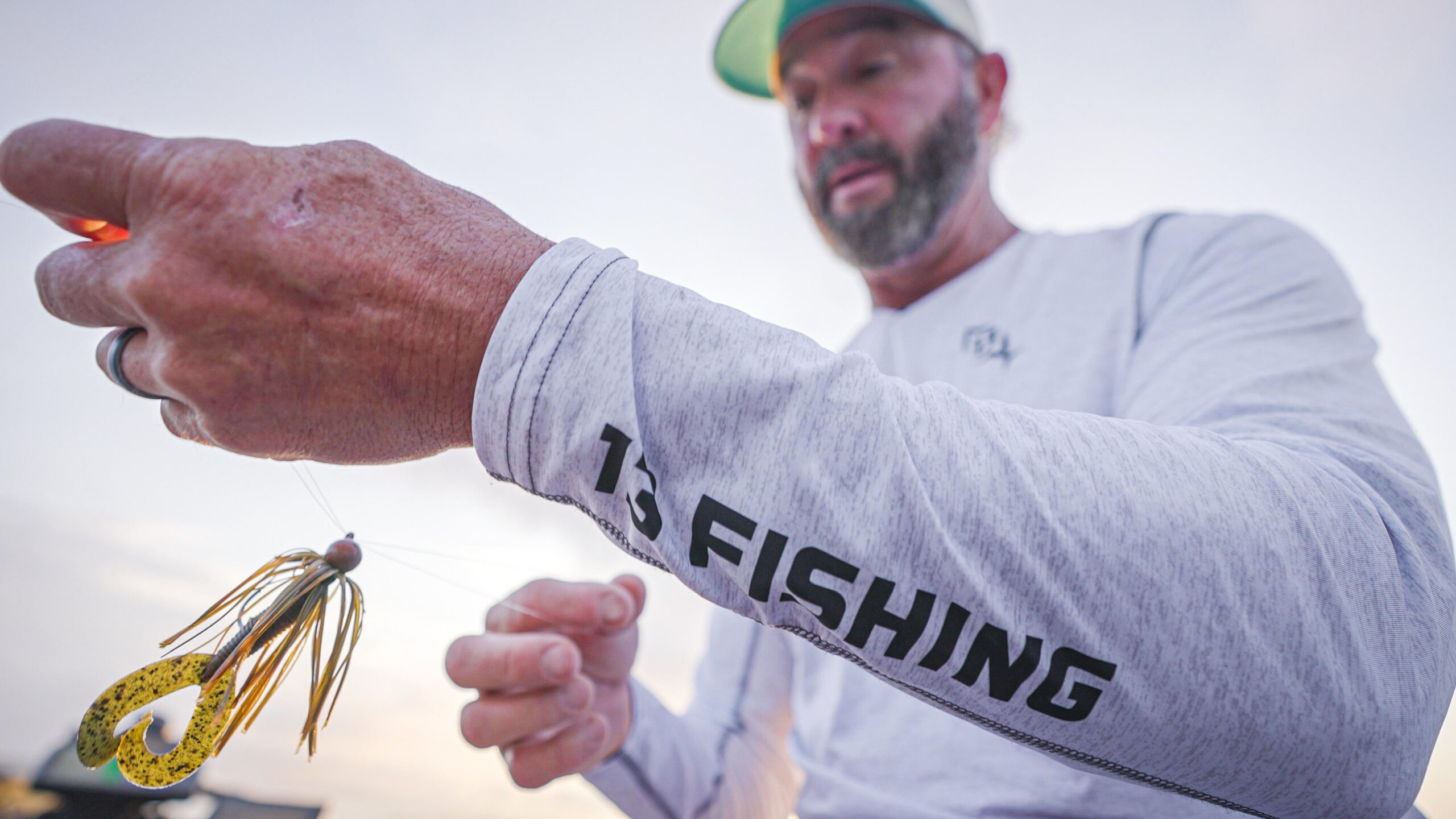How to Snap Jigs for Tough Late Summer Bass | Swindle Tells All