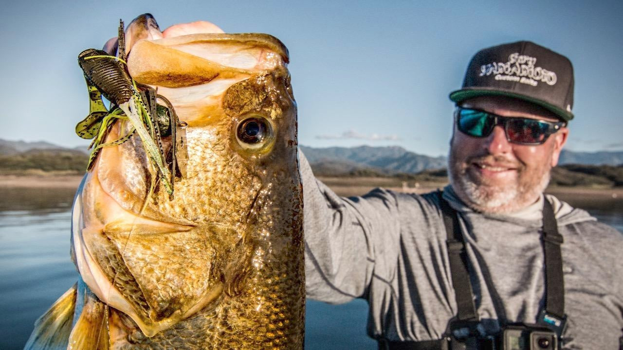 How to Fish Heavy ChatterBaits for Big Offshore Bass